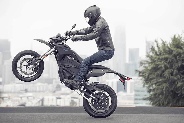 ktm 1290 super adventure r 2017 bike specs review bikes. Black Bedroom Furniture Sets. Home Design Ideas