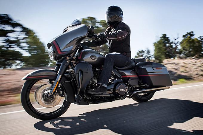 2018 CVO Street Glide Harley-Davidson Cruisers