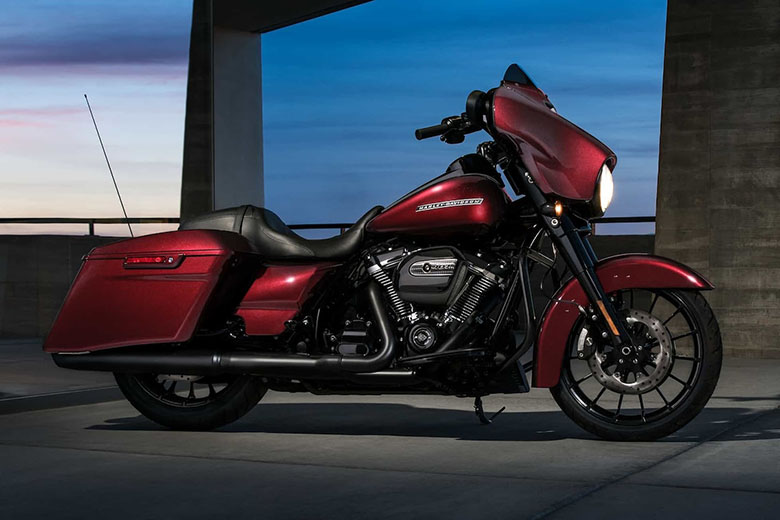 2018 Harley-Davidson Street Glide Special Touring Bike