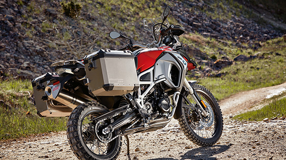 BMW 2018 F800GS Adventure Specs