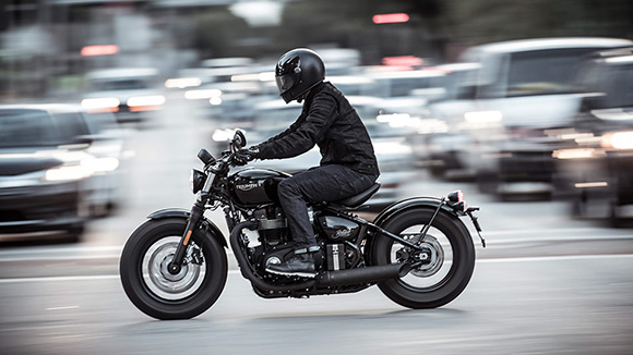 Triumph Bonneville Bobber 2018 Modern Classic Bike