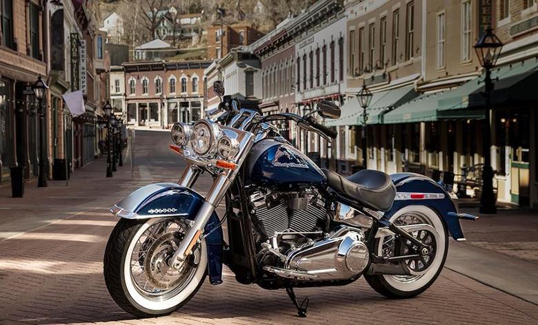 2019 Deluxe Harley-Davidson Softail
