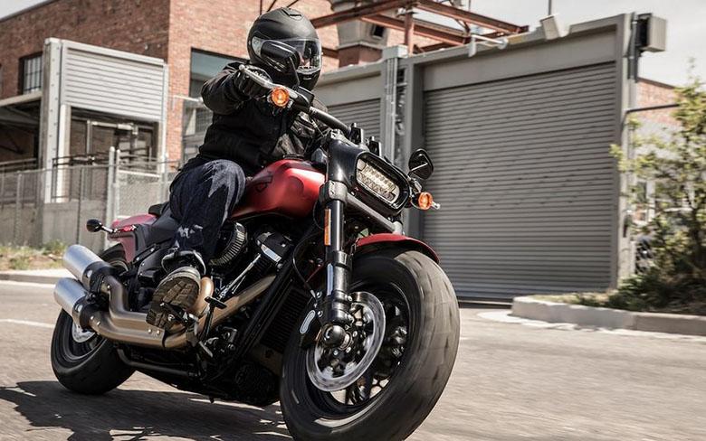 2019 Fat Bob Harley-Davidson Softail - Review Specs Price