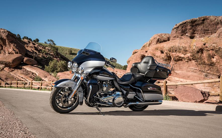 Ultra-Limited Low Harley-Davidson 2019 Touring Bike