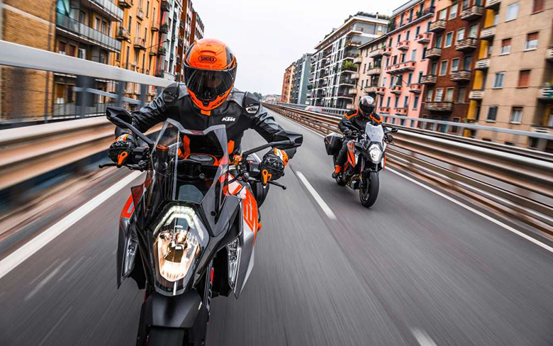 1290 Super Duke GT 2018 KTM Sports Touring Bike