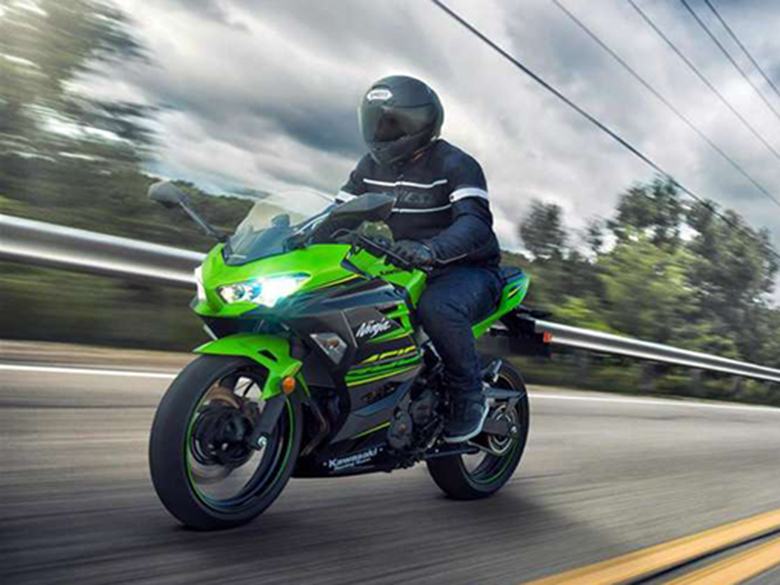 Kawasaki 2018 Ninja 400 ABS KRT Sports Bike