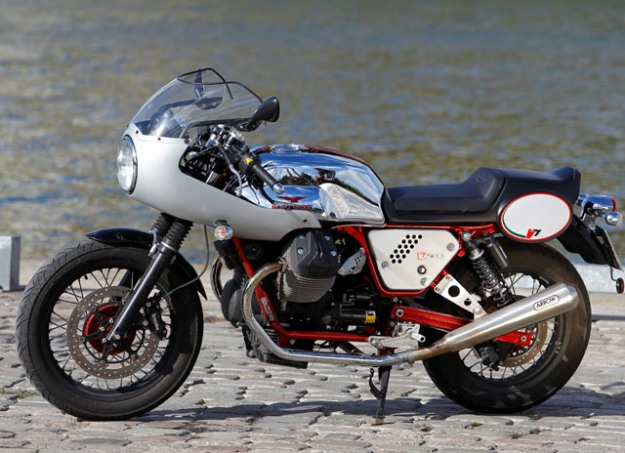 "Test Moto Guzzi V7 Racer kit ""Record"""