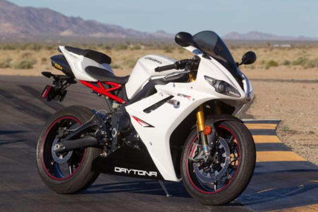 Test Triumph Daytona 675R: The supersport of new the R