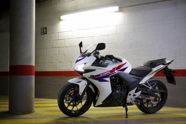 Test Honda CBR500R ABS: Elevator for the scuffle!