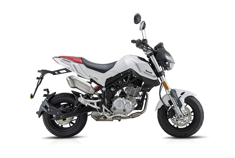 Reviews of 2016 Benelli Tornado Naked T