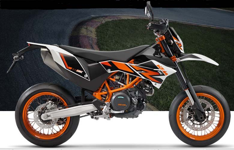 Review of KTM 2017 690 SMC R Supermoto - Bikes Catalog