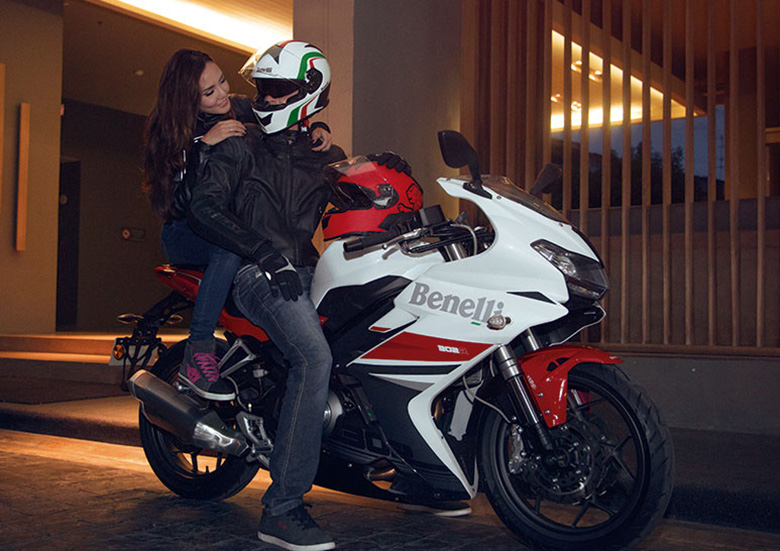 Benelli Tornado 302R Sports Motorcycle Review Specs