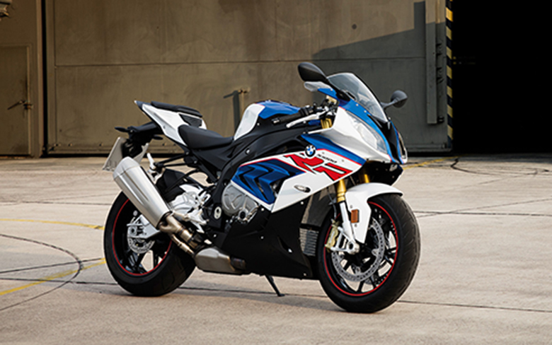 Review of BMW 2017 S 1000 RR Sports Bike