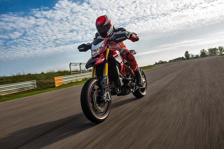 2017 Ducati Hypermotard 939 SP Dual Purpose Bike Review