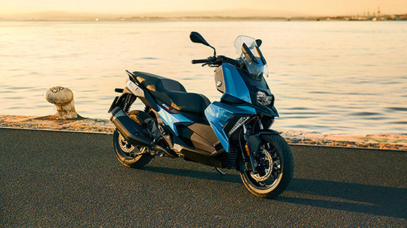 2018 BMW C400X Scooter Review Specs Pics