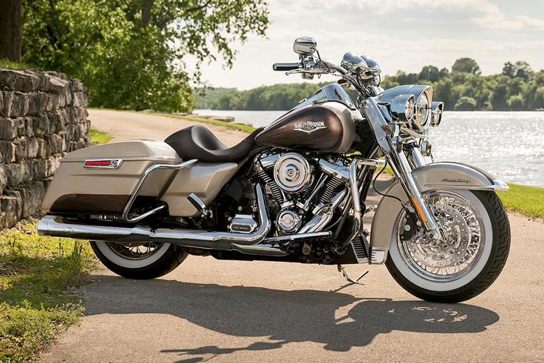 2018 Harley-Davidson Road King Touring Bike