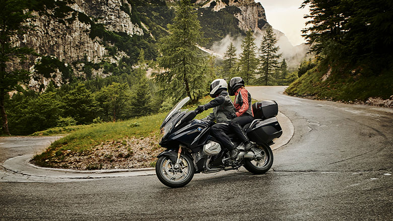 2019 BMW R 1250 RT Powerful Touring Motorcycle Review Specs