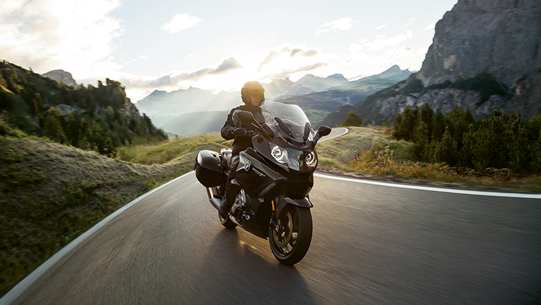 BMW K 1600 GT 2019 Touring Bike Review Specs