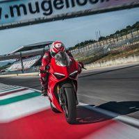 Ducati 2018 Panigale V4S Sports Bike