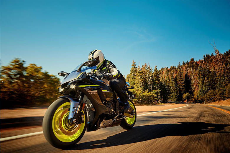 YZF-R1S 2018 Yamaha Heavy Bike