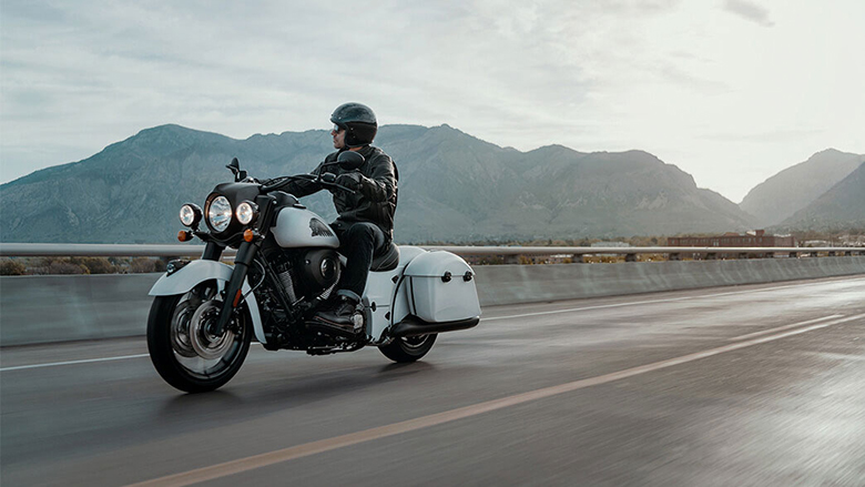 Indian 2019 Springfield Dark Horse Cruisers