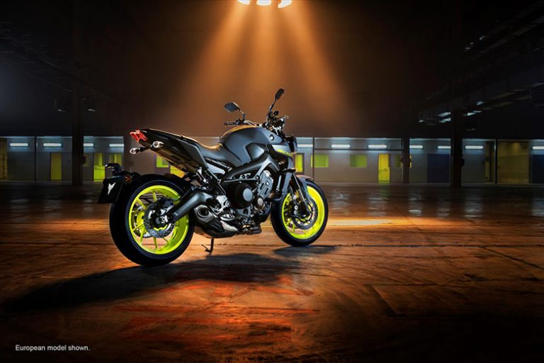 2020 Yamaha MT-09 Hyper Naked Motorcycle - Photo, Picture