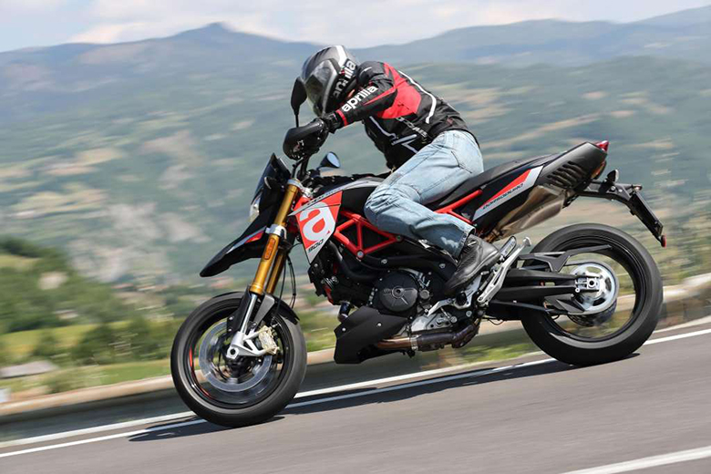 2019 Aprilia Dorsoduro 900 Naked Bike Review Specs