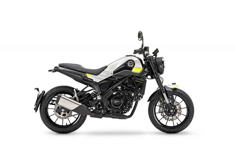 Benelli Leoncino 125 2019 Naked Bike Review Specs