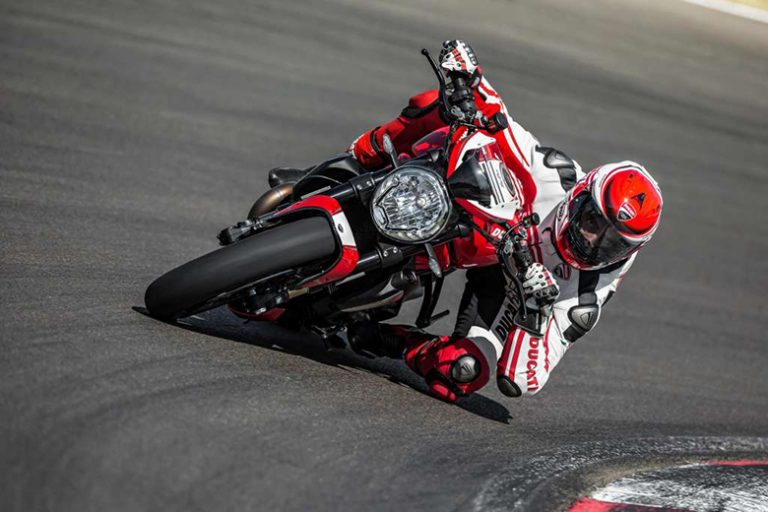 Monster 1200R 2018 Ducati Powerful Naked Bike Review Price