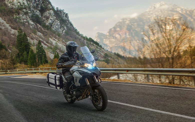 2019 Benelli TRK 502 Adventure Bike Review Specs