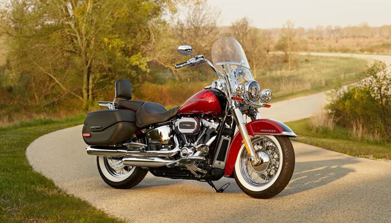 2020 Softail Deluxe Harley-Davidson Motorcycle Review Specs