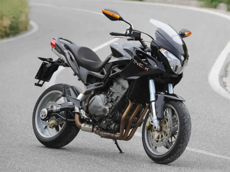 2019 Benelli Tre 899 K Naked Sports Bike Review Specs