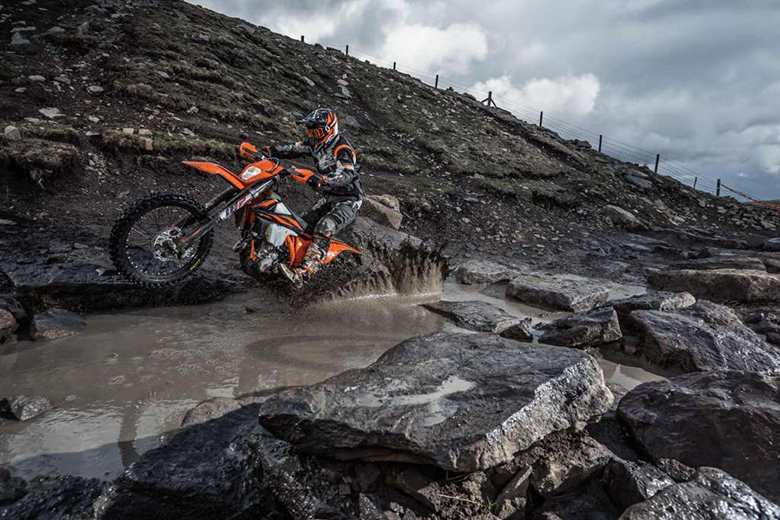 2019 KTM 250 EXC-F Enduro Dirt Motorcycle Review Specs