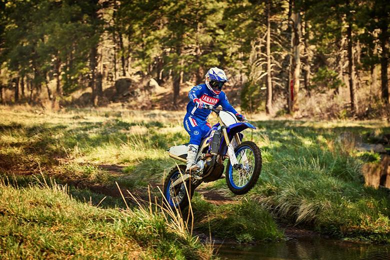 Yamaha YZ450FX 2019 Powerful Dirt Bike