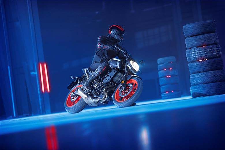 2019 MT-07 Yamaha Hyper Naked Motorcycle - Review Specs Price