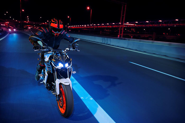 MT-09 2019 Yamaha Hyper Naked Bike Race - Bikes Catalog