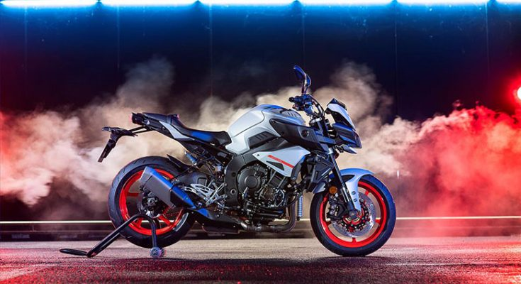 MT-09 2019 Yamaha Hyper Naked Bike Handling - Bikes Catalog