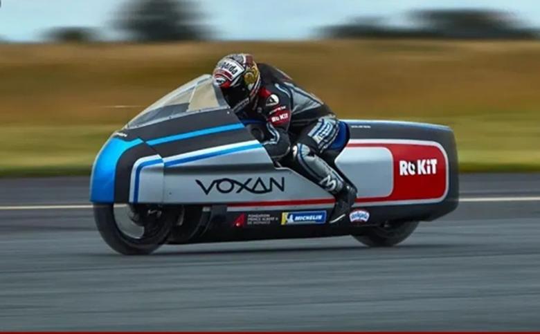 Max Biaggi Attempts at Land Speed Record