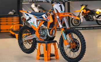 KTM 2020 450 SX-F Powerful Dirt Bike