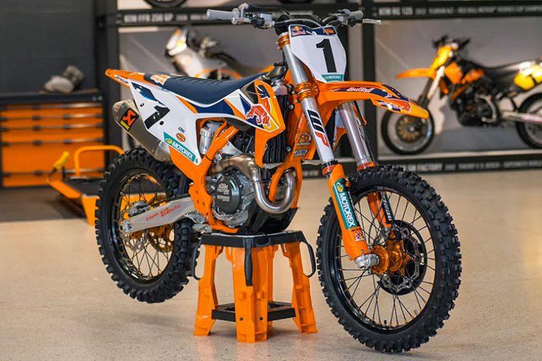 KTM 2020 450 SX-F Powerful Dirt Bike Review Specs Price