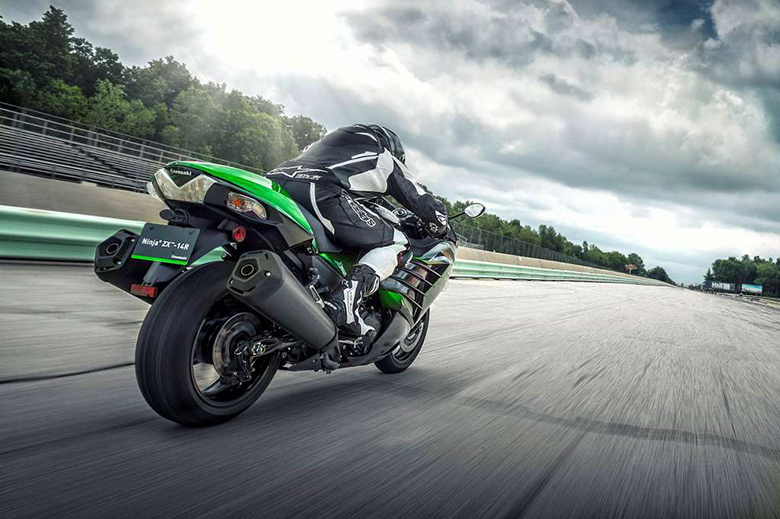 2018 Kawasaki Ninja ZX-14R ABS SE Heavy Bike Review Price