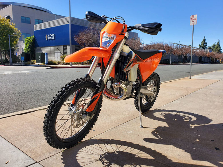 300 XC-W TPI 2020 KTM Off-Road Motorcycle Review Specs