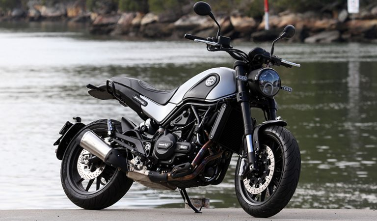 Benelli Leoncino 500 Trail 2020 Naked Bike Review Specs