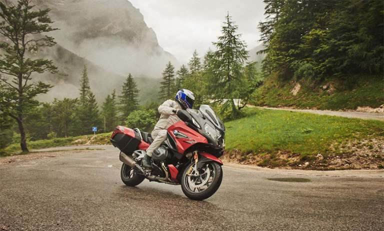 2020 R 1250 RT BMW Tour Motorcycle Review Specs