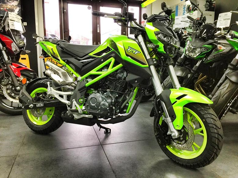 Benelli TNT 125 2020 Naked Bike Review Specs
