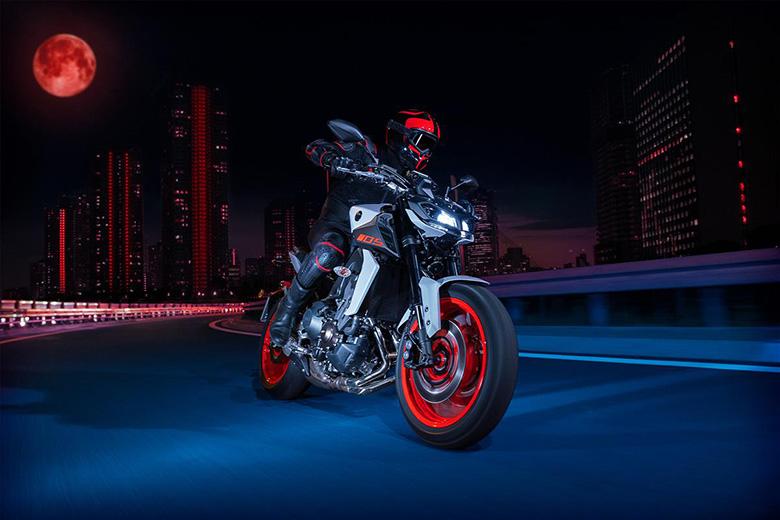MT-09 2020 Yamaha Naked Motorcycle