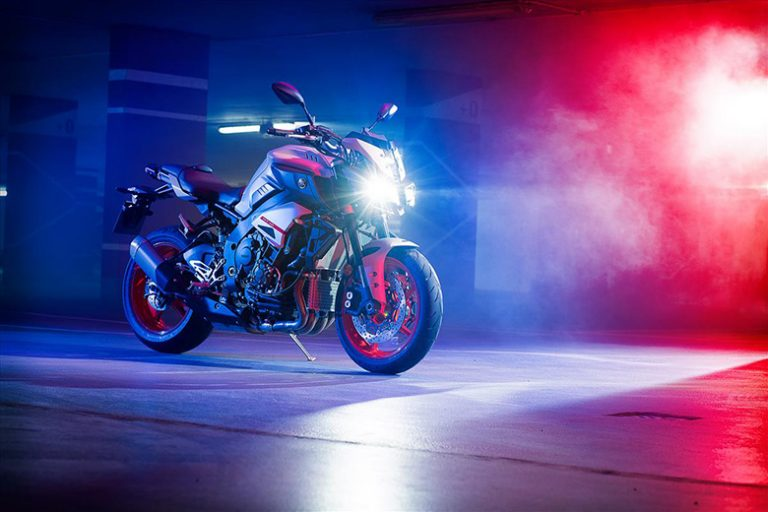 MT-10 2020 Yamaha Powerful Naked Motorcycle Review Specs Price