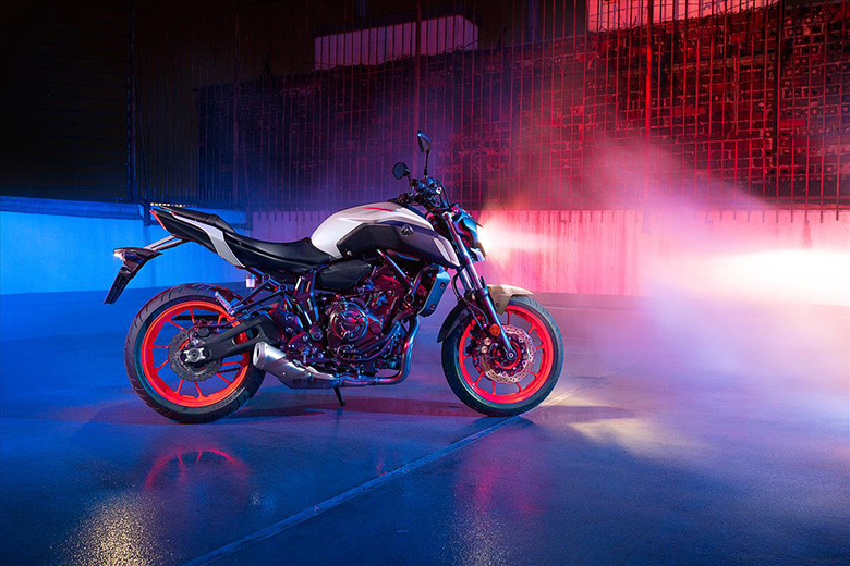 Yamaha 2020 MT-07 Naked Bike Review Specs Price