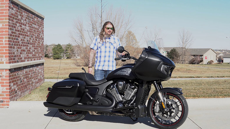 Indian 2020 Challenger Dark Horse Touring Bike Review Specs Price