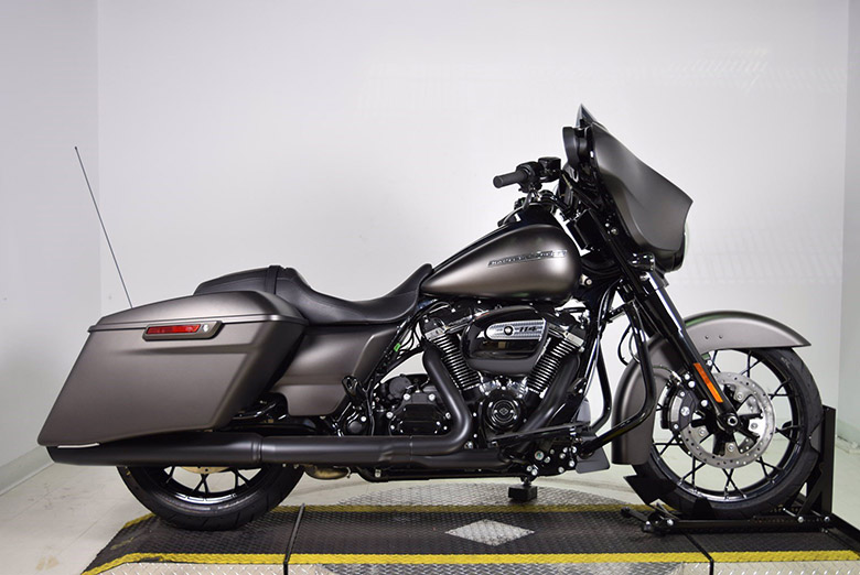 Street Glide 2020 Harley-Davidson Touring Bike